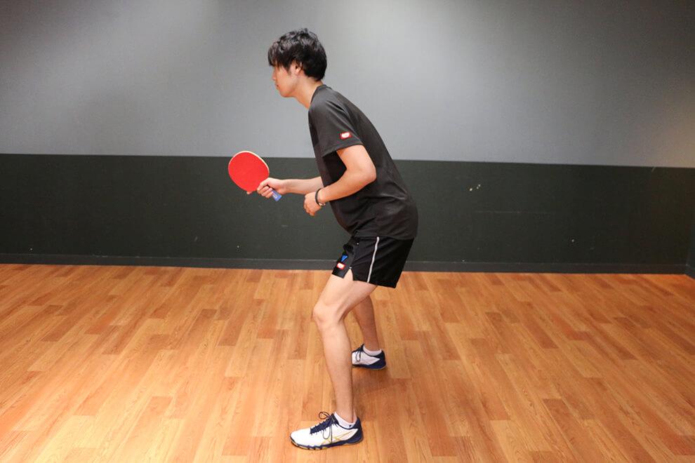 卓球の基本姿勢・構え